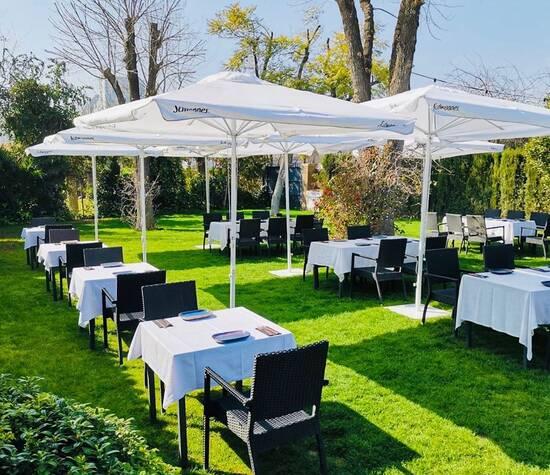 Santa Clarita Garden Restaurant