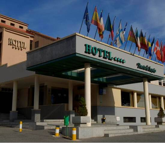 El Hotel  Puerta de Segovia