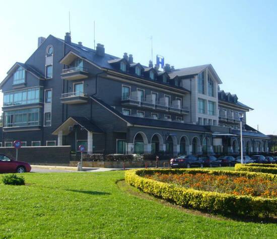 Vista Fachada Hotel